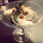Glas met mascarpone-amaretto-toetje