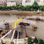 Construction of the London Eye on the river Thames